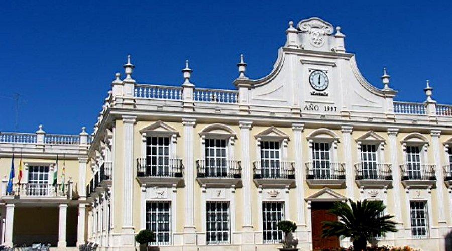 El Ayuntamiento de Cabra llevará a cabo una modificación presupuestaria para aportar al Programa de Fomento de Empleo de la Junta