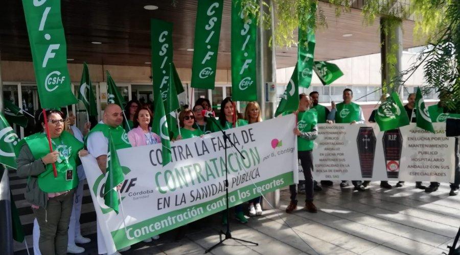 CSIF se concentra en el Hospital Comarcal Infanta Margarita contra la precariedad de la plantilla del SAS