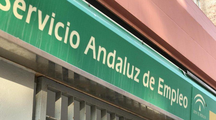 Junio deja en Cabra 8 parados más que en el mes de mayo